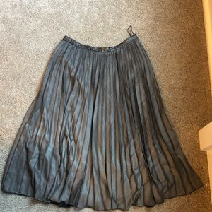 Topshop pleated skirt - size 10